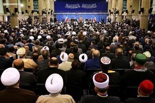 رهبر انقلاب در دیدار میهمانان کنفرانس وحدت