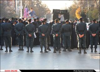 تجمع جمعی از دانشجویان درمقابل دفتر نمایندگی ازمان ملل مشهد