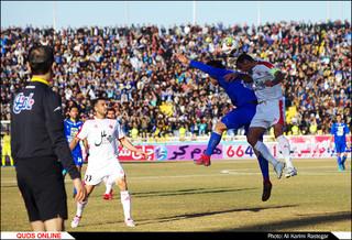 دیدار تیم های فوتبال پدیده-استقلال تهران