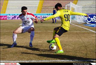 دیدار تیم های فوتبال پدیده -پارس جنوبی
