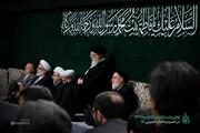 ذکر مصیبت حاج منصور ارضی در اولین شب عزاداری ایام فاطمیه در حضور رهبرانقلاب