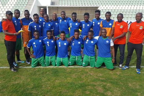 سیرالئون با 4 بازیکن اصلی و 17 بازیکن محلی مقابل تیم ملی فوتبال ایران!