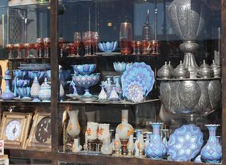 800px-Iranian_Handicraft_1.jpg