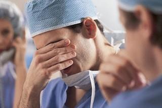 خطای پزشکی