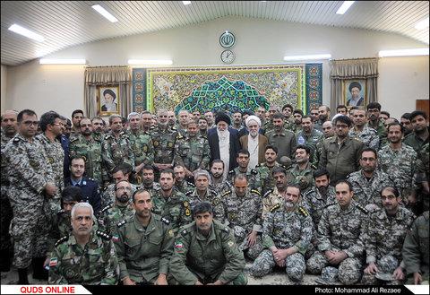 دیدار جمعی از فرماندهان نیروهای چهارگانه ارتش با آیت الله علم الهدی