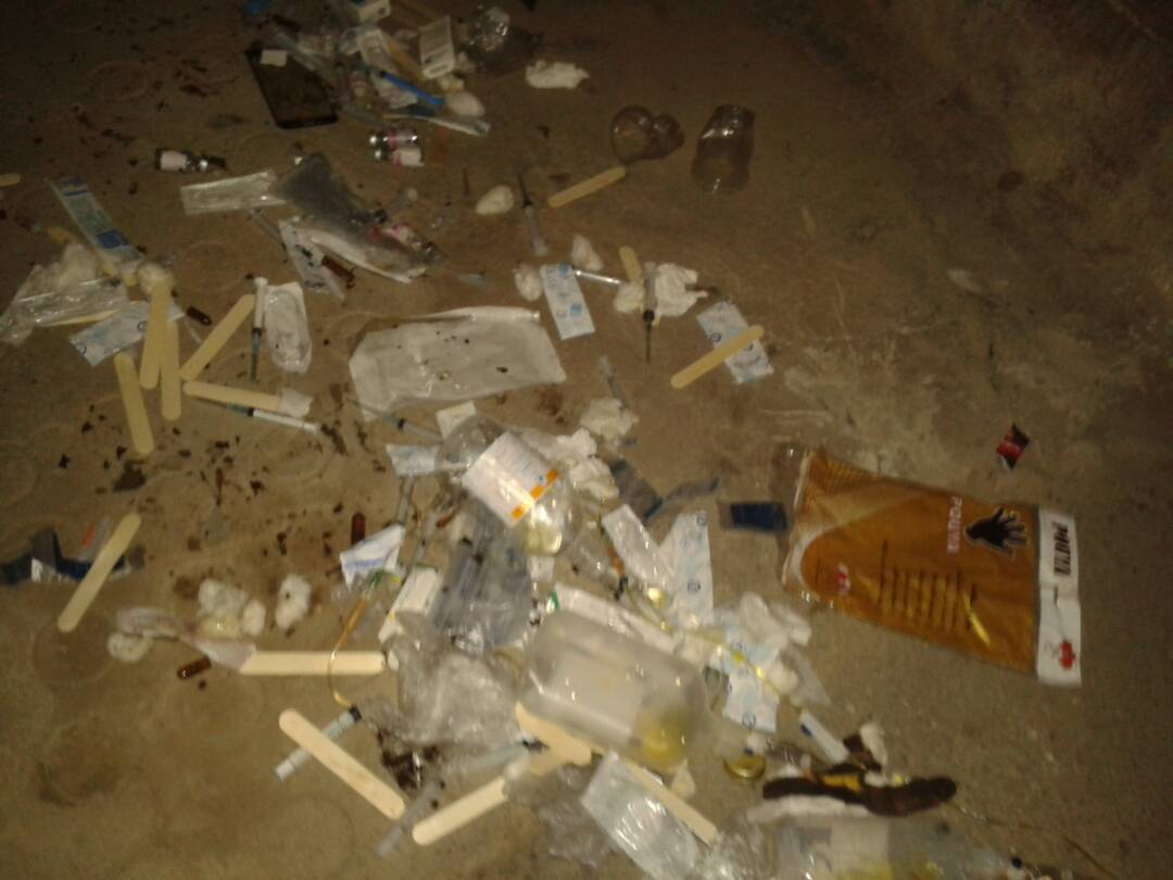 زباله عفونی