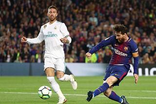 دیدار تیم های فوتبال بارسلونا و رئال مادرید