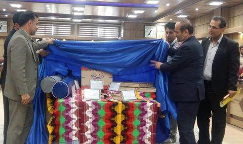 دیدار استاندار با فعالان صنایع دستی ایلام