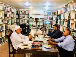 مدیرامور آبفای خمیر در دیدار با امام جمعه موقت اهل سنت