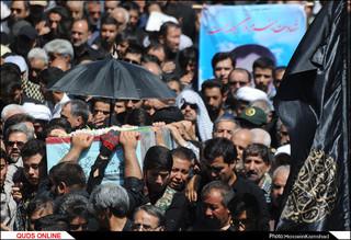 پیکر شهید دفاع مقدس در اجتماع صادقیون مشهد تشییع شد/گزارش تصویری
