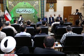 دیدار جمعی از اصحاب رسانه با آیت الله علم الهدی به مناسبت روز خبرنگار