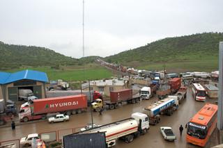 عبور کامیون های ترانزیتی