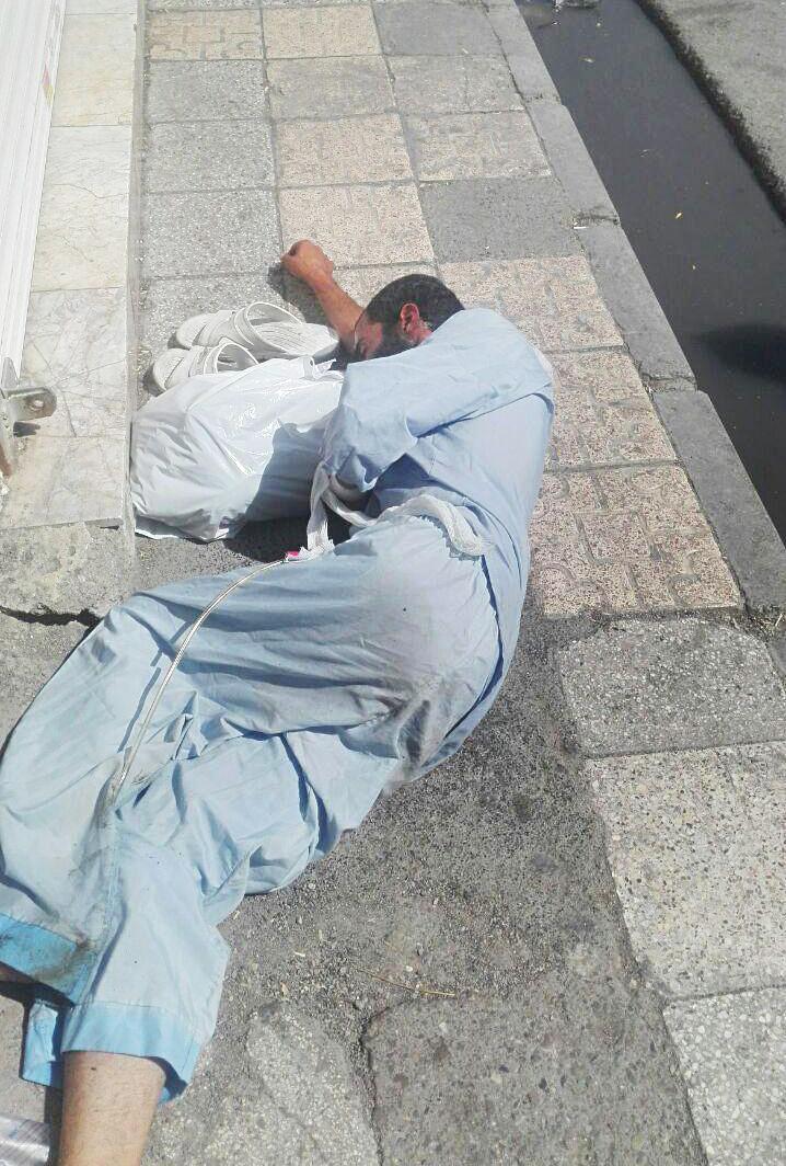 بیمار رها شده در خیابان