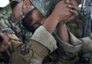 دهها نظامی افغان در محاصره طالبان