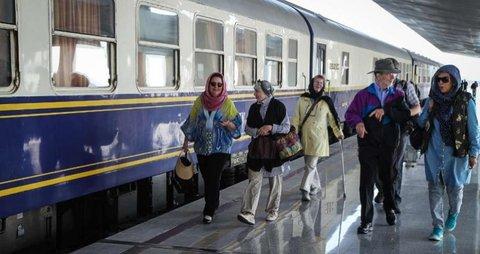 قطار توریستی عقاب طلایی