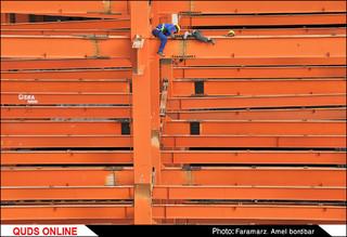 کارگران ساختمانی زحمت کشانی که غم امروز دارند