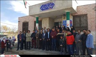 تجهیز یک مدرسه محروم توسط انجمن خبرنگاران و عکاسان ورزشی خراسان رضوی وجمعی ازخیرین