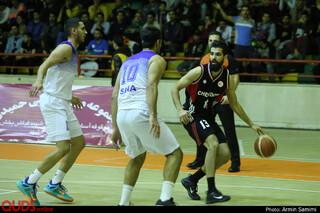 دیدار تیم های بسکتبال آویژه صنعت پارسا و شیمیدر تهران