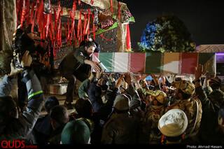 مراسم استقبال از پیکر های پاک و مطهر پنج شهید دفاع مقدس و پنج شهید مدافع حرم