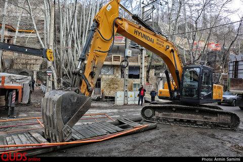 تخریب پلهای غیر مجار بر روی رودخانه زشک