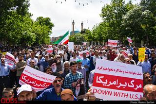 راهپیمایی نمازگزاران در حمایت از بیانیه شورای عالی امنیت در مشهد
