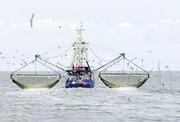 توقیف ۲ کشتی ترال در آبهای جنوب شرق