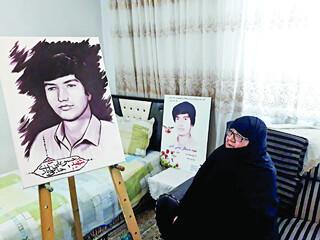 مادر شهید حاجی آبادی