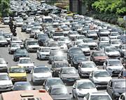 ترافیک سنگین در محورهای ورودی خراسان رضوی/ شهروندان از سفرهای غیرضروری خودداری کنند