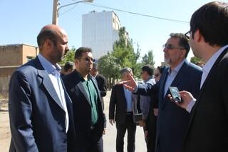 بازدید معاون وزیر راه و شهرسازی از بافت فرسوده در همدان
