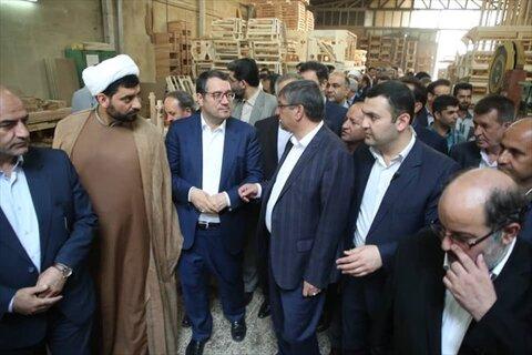 وزیر صنعت و معدن و تجارت در همدان