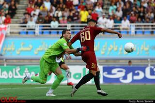 دیدار تیم های شهر خودور و شاهین بوشهر