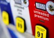 افزایش بهای بنزین در آمریکا پس از حمله پهپادی به عربستان