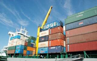 صادرات در بندرهای ایران