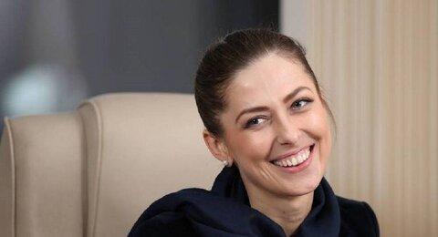 یولیا یوزیک خبرنگار روس