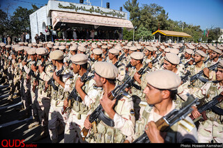 صبحگاه مشترک نیروی انتظامی به مناسبت هفته ناجا در مشهد برگزار شد