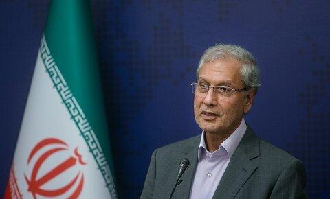 نشست خبری سخنگوی دولت و مسئولان طرح اصلاح قیمت بنزین/فیلم