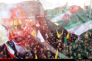 راهپیمایی مردم مشهد در محکومیت ترور حاج قاسم سلیمانی (1)