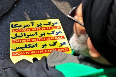 راهپیمایی مردم مشهد در گرامیداشت شهدای مقاومت و سانحه هوایی/فیلم