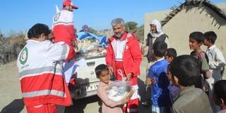 کمک هلال احمر به سیل زدگان سیستان و بلوچستان