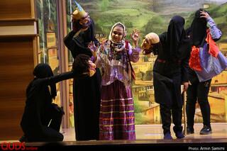 اجرای نمایش عروسکی نازگل