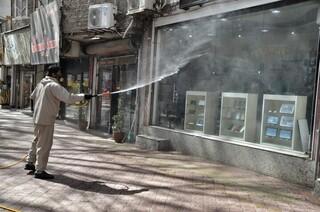 ضدعفونی معابر و مناطق پرتردد شهر