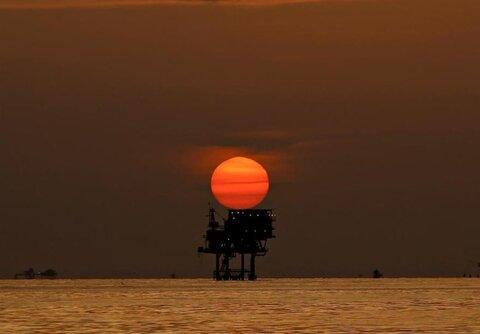 افت شدید قیمت نفت