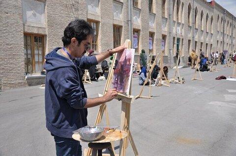 دبیر کانون هنرهای تجسمی دانشگاه فردوسی