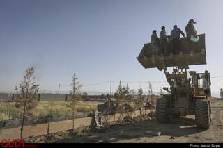 تخریب باغ ویلاهای در حال ساخت در اطراف مشهد