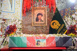 وداع با پیکر شهید «نسیم افغانی» در حرم مطهر رضوی