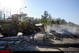 تخریب دیوار حائل میان شهرک شهید بهشتی و پردیس