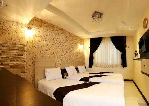 رئیس هیاتمدیره جامعه حرفهای هتلداران خراسان رضوی