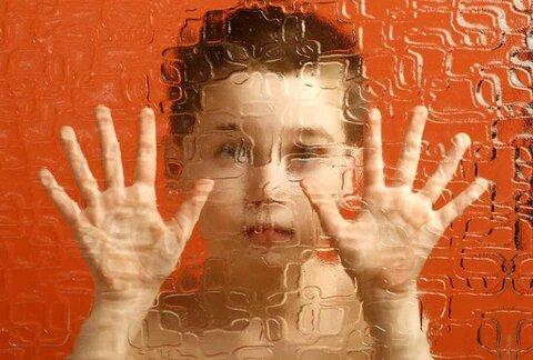 عضو هیات مدیره بنیاد خیریه اوتیسم رشد