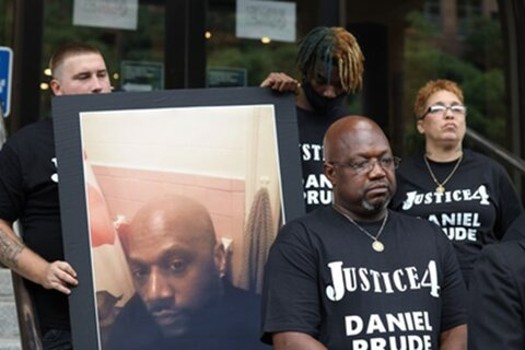قتل یک سیاهپوست بدست پلیس آمریکا
