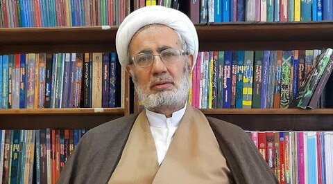 حجتالاسلام والمسلمین حسین عشاقی